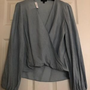 Casual drape top in pale grey